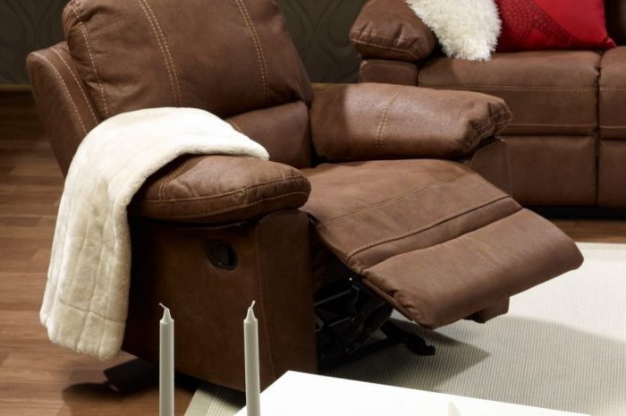 Кресло реклайнер — плюсы и минусы конструкции. Варианты материалов и обивки. Обзоры функций и положений кресла реклайнера (фото + видео)
